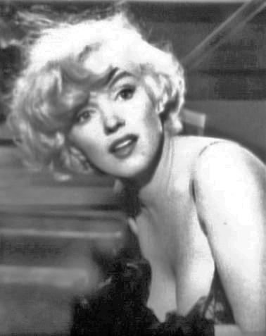 Marilyn_Monroe_in_Some_Like_it_Hot_trailer_cropped.jpg